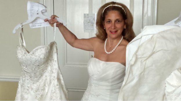 _84270383_wedding