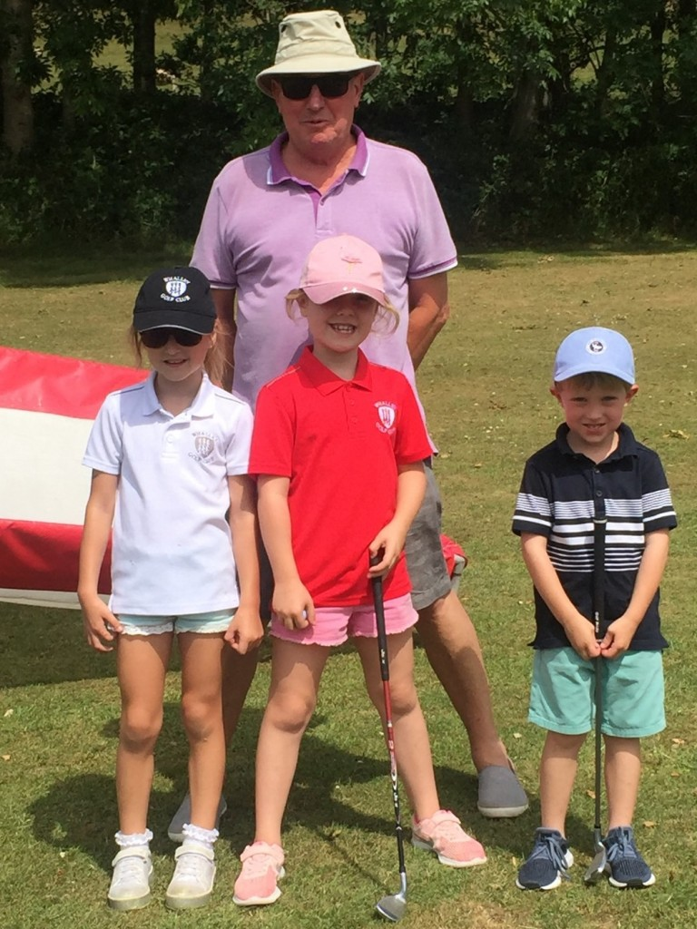 Club President Bill Banks with Izzy Cutting, Lucas Blenkinship and Hattie Northrop.