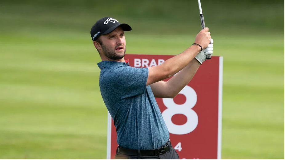 Liam Phipps from The Warwickshire, who works at The Belfry, lead the Brabazon Southern Qualifier at Hindhead GC. Picture by LEADERBOARD PHOTOGRAPHY
