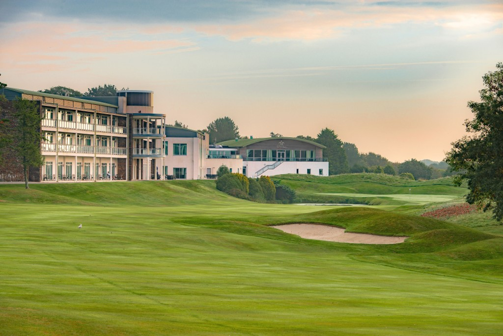 The 18th on the Nicklaus, overlooked by the St Mellion International Resort hotel (photo: Andy Hiseman)