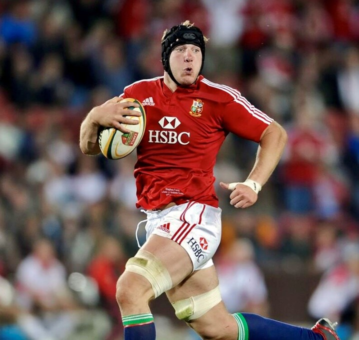 Chaka Travel Ambassador Stephen Ferris in full flight for the British Lions