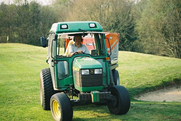 Greenkeepers and clubs have been given advice on safe working practices during the COVID-19 crisis