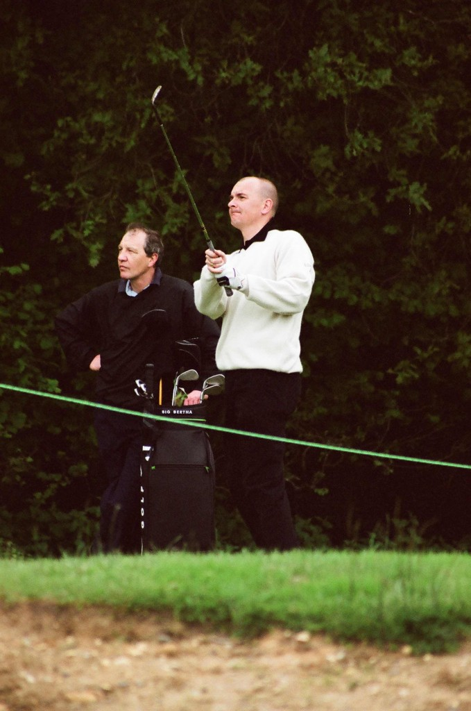 England Golf chief executive Jeremy Tomlinson (right)