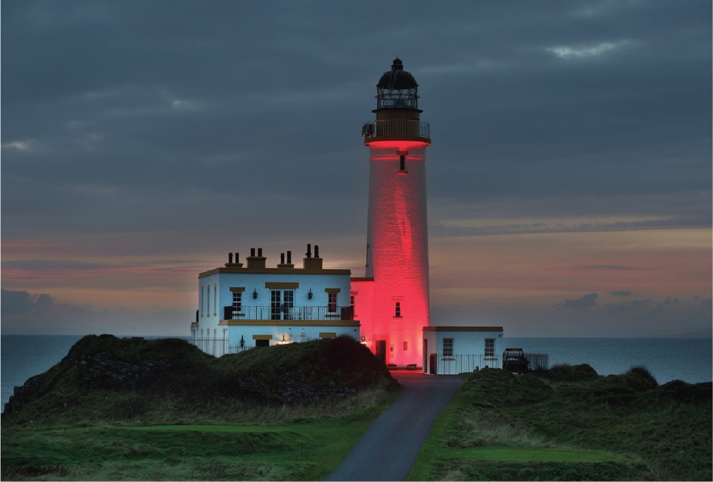 The Ailsa lighthouse was lit up in red to mark Remembrance Sunday